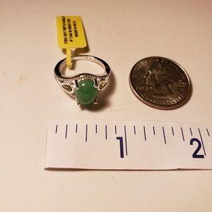 Jewelry - Burmese Green Jade Ring